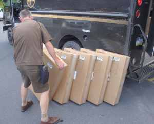 Un employé d'UPS au travail (août 2013).