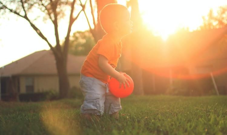 Ana Kuhar: Djeca hvataju sunce