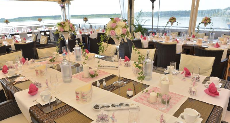The Lakeside Burghotel   Romantic Wedding Locations   top10berlin Foto  Seehotel Berlin Rangsdorf