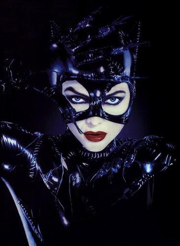 Las 10 vidas de Catwoman – Gatubela