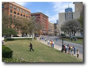 6. Plaza Dealey