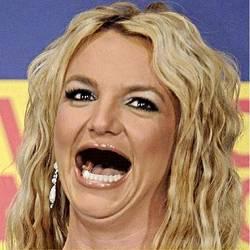 10 fotos de celebridades sin dientes (falso)