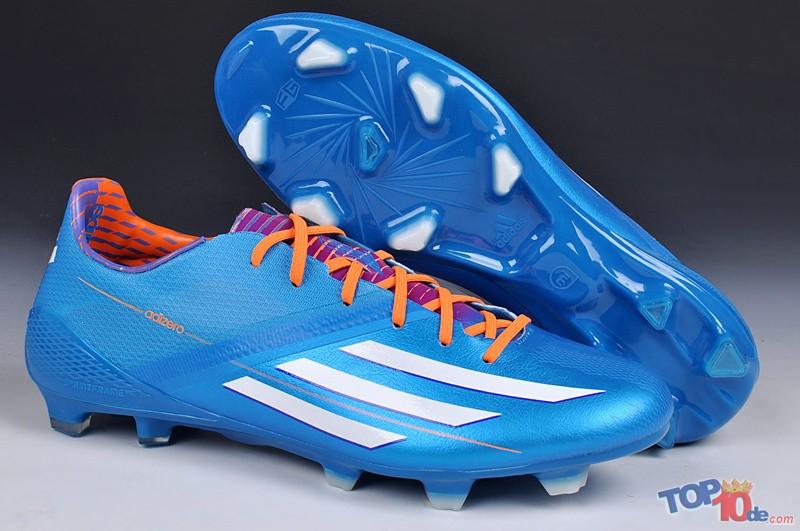pasión entrar Laboratorio  Los 10 mejores zapatos para jugar fútbol - Top10de.com