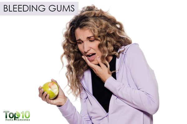 bleeding gums during pregnancy second trimester