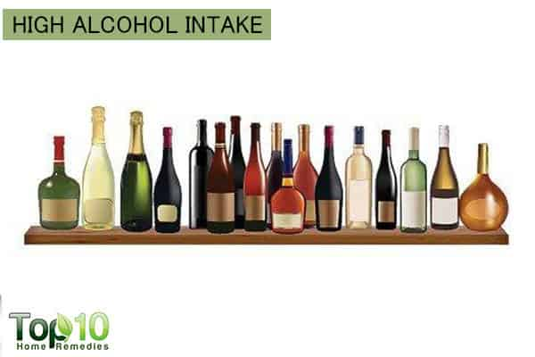 high alcohol intake increases high blood pressure risk