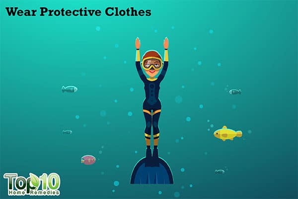 wear protective clothing to prevent jellyfish sting