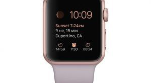 #2. Apple 38mm smart watch with lavender band and a rose gold aluminum case