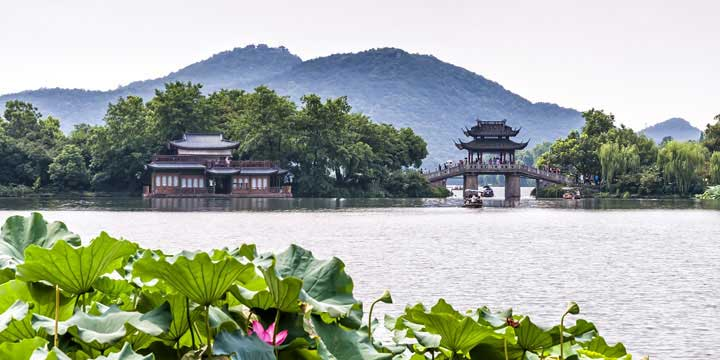 Top 10 China Attractions - West Lake in Hangzhou
