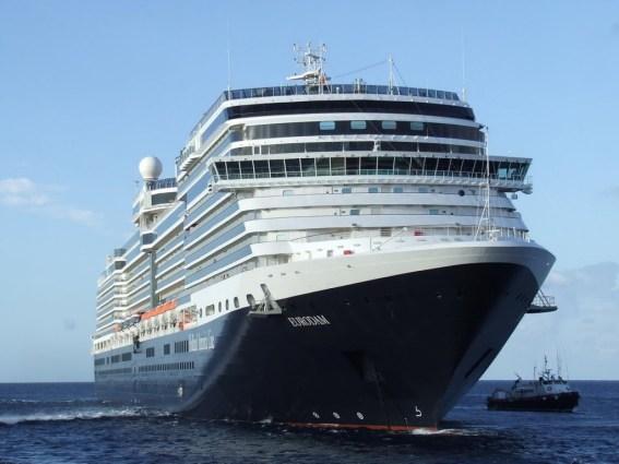 _Eurodam-23-noches-de-crucero-trasatlAntico-1024x768