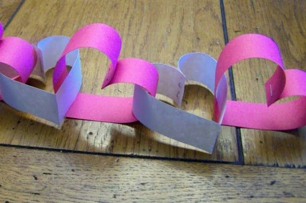 DIY: Simple and Easy Paper Party Decorations