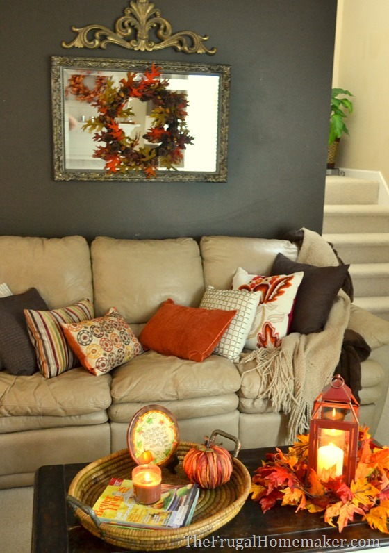 Prepare Your Living Room For Winter With Adorable And Cozy