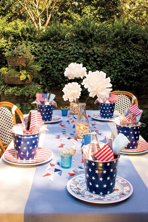 Patriotic Table Decorations You Can Get Inspired From