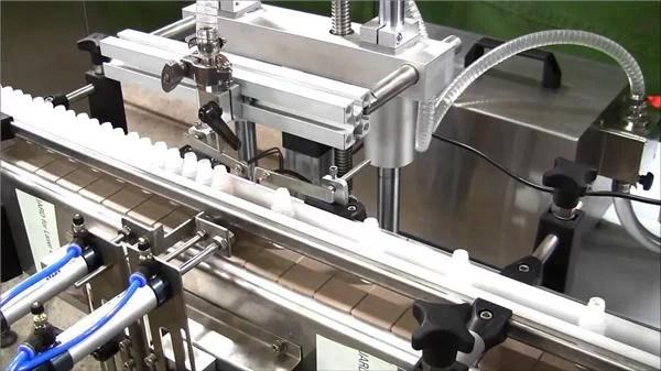 Höghastighetsautomatisk e-flytande flaskfyllnadsmaskin