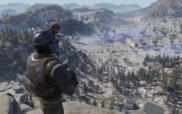 Fallout 76: un jugador investiga el área del juego de Appalachia