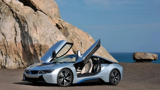 Cars to celebrate San Valentine: BMW i8 (II)