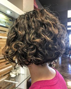 Short Bob Curly Hairstyles 8
