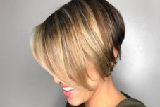 Short Bob Haircut 2018 11