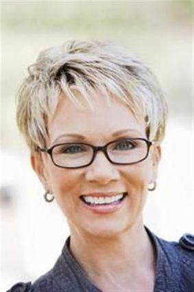 Short Haircuts For Older Women 2018 13
