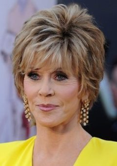 Short Hairstyles For Older Women Hairstyles Fashion And Clothing