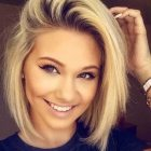 Short Hairstyles For Round Faces 2018 18