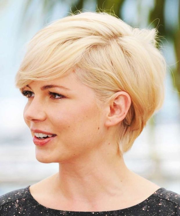 Short Hairstyles For Round Faces 2018 21