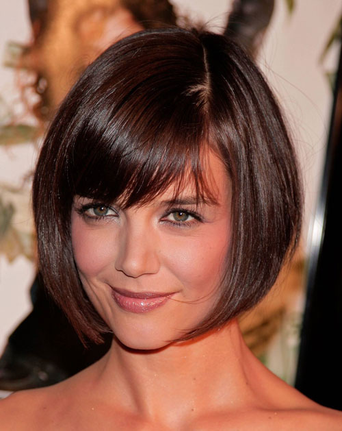 Short Hairstyles For Round Faces 2018 35