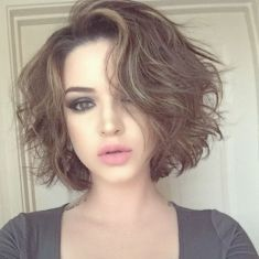 Short Messy Hairstyles 2018 12
