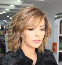 Medium Layered Haircuts 31