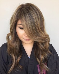 1 Long Layered Hairstyle For Round Face