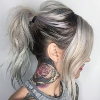 1 Messy Ponytail For Layered Hair