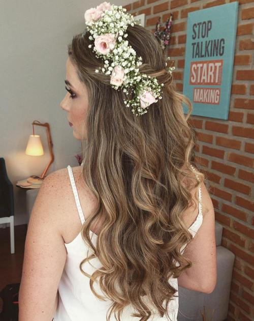 12 Simple Wedding Downdo With A Flower Crown