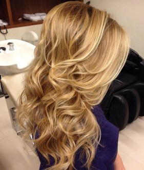 15 Blonde Wavy Downdo With A Bouffant