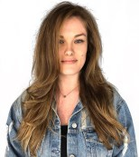 51 Long Messy Frizzy Hairstyle With Layers
