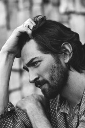 Hairstyles For Long Hair Men 26