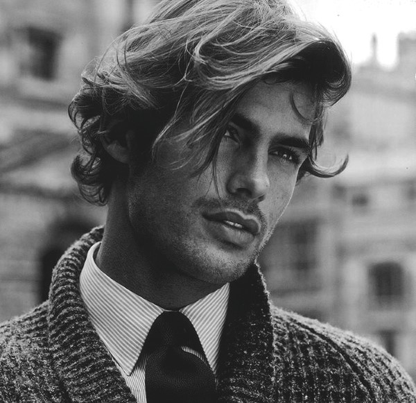 Hairstyles For Long Hair Men 38