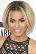 7 Centre Parted Very Short Bob Hairstyle For Women