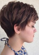 Short Haircut Women 3