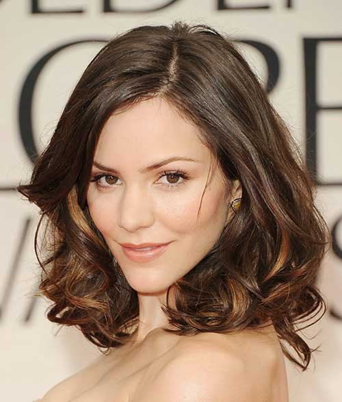 10.Hairstyle For Short Medium Hair