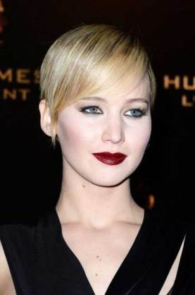 Best Short Hairstyles For Round Faces 23