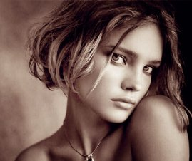Natalia Vodianova Short Curly Hair