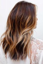 Light Brown Hair Styles Long Wavy Gold Blonde Highlights