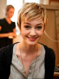 Short Hairstyles For Girls 23