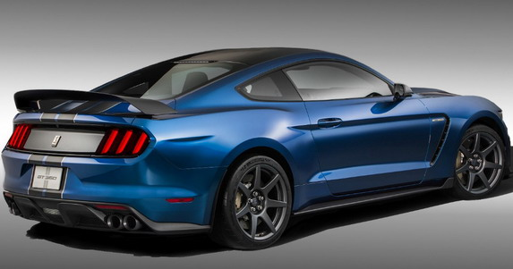 Shelby GT350 - 1