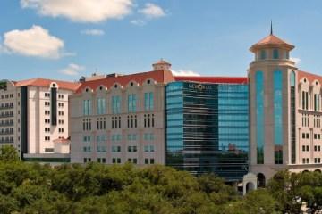休斯顿医院跻身全美顶级医疗机构