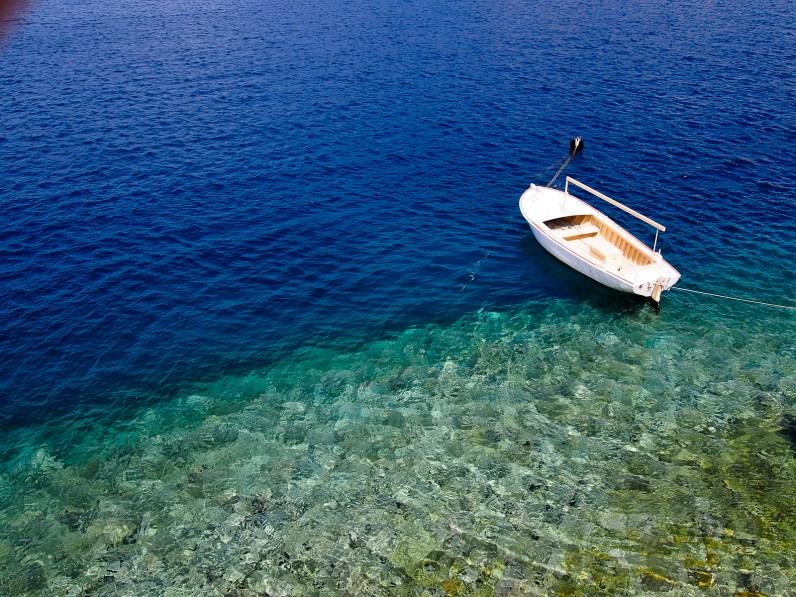 Deep dive in the Big Blue © Topich