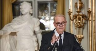 Lista de candidatos para el Premio Nobel de literatura 2015