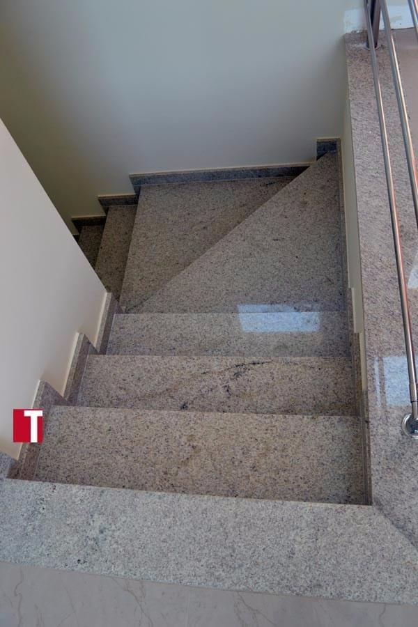 Escadas Top M 225 Rmore