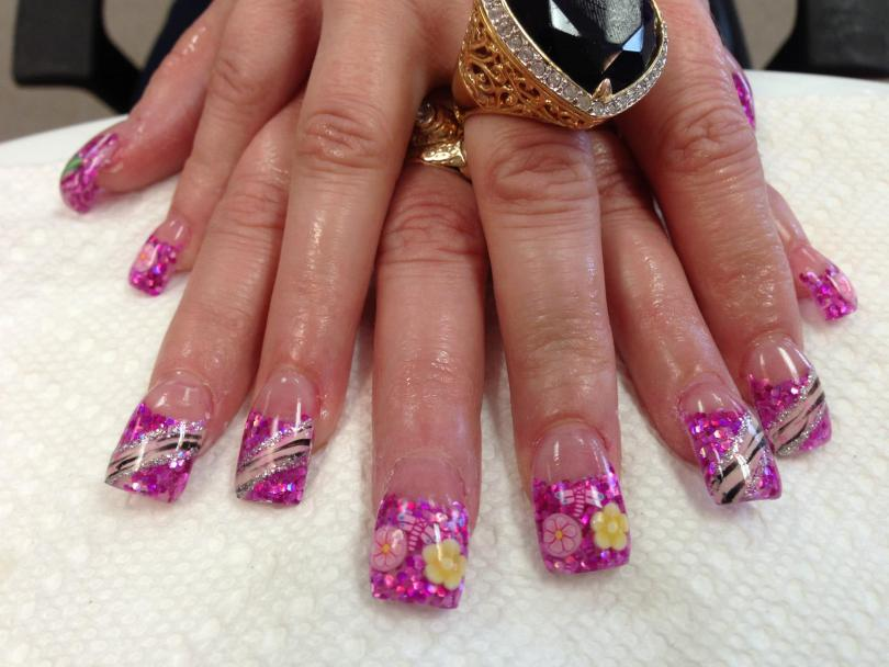 Purple and pink kaleidoscope tip with pink/yellow daisies and dragonfly OR diagonal pink/black zebra stripe, sparkly bands.