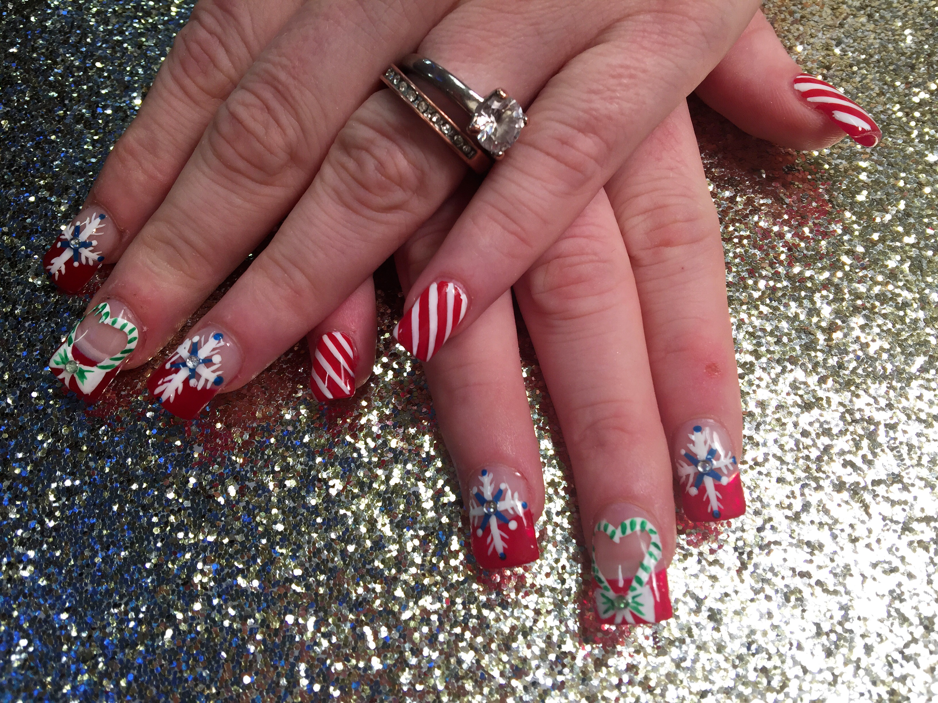 Christmas Spirit, nail art designs by Top Nails, Clarksville TN ...