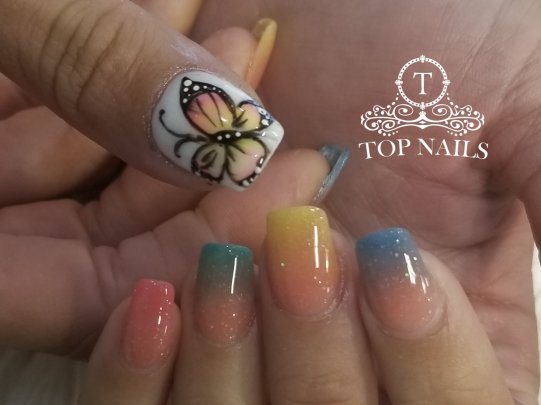 Butterfly nail art, dip powder ombre
